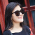 【京東好品】ヒロ恋爵サングラスの女性ins街はネットの赤い眼鏡のサングラスのサングラスの個性の大きい枠の女性のスターの金の百黒の枠の暗い灰色の切れをたたきます。